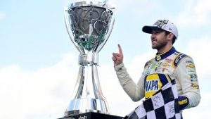 Relive Chase Elliott's final lap, burnout and celebration all in one place | NASCAR Cup Series